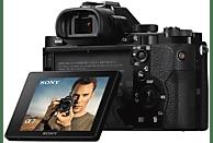 SONY Alpha 7 Kit (ILCE-7KB) + Tasche + Speicherkarte Systemkamera 24.3 Megapixel mit Objektiv 28-70 mm , 7.6 cm Display  , WLAN